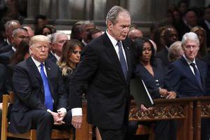 Ông Bush tiết lộ người mình viết tên trong phiếu bầu năm 2020