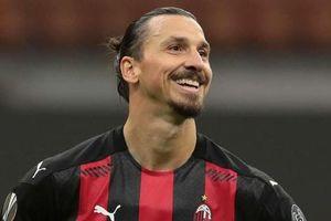 Lão tướng Ibrahimovic chính thức chốt tương lai với AC Milan