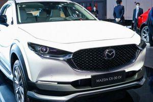 Mazda CX-30 chạy điện hoàn toàn ra mắt, khác gì bản chạy xăng?