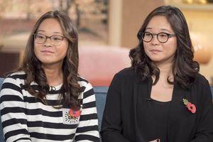 Vô tình tìm được người chị em song sinh thất lạc từ bé nhờ xem YouTube