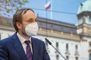 Czech trục xuất 63 nhà ngoại giao Nga