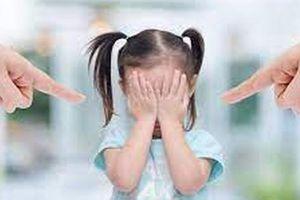 Những lời cha mẹ khiển trách vô tình 'giết chết' sự tự tin của con mình