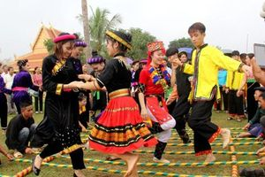 Khám phá văn hóa đặc sắc của các dân tộc tại Làng Văn hóa, Du lịch dịp 30/4