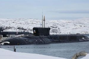 Báo Mỹ: Tên lửa Nga bắn xuyên băng dày 5m