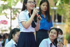 Sáng 25-4, 'Đưa trường học đến thí sinh' tại Bình Thuận: Chọn ngành học nào trước giờ G?