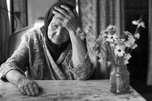 Báo tin giả để cảnh sát đến nhà, cụ bà 94 tuổi nói lý do khiến cộng đồng mạng rưng rung