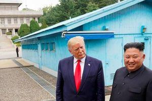 Ông Trump chê bai Tổng thống Hàn Quốc Moon Jae-in, khen ngợi tình bạn với ông Kim Jong Un