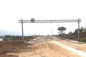 Đà Nẵng: Con đường ven sông hơn 500 tỷ đồng chậm tiến độ vì sao?