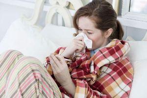 Chữa cảm lạnh bằng cách dùng mật ong bạn đã biết