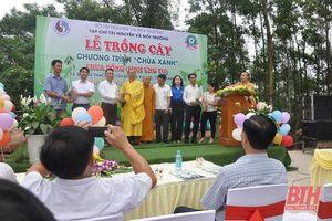 Tổ chức lễ trồng cây trong Chương trình 'Chùa xanh' tại chùa Đồng