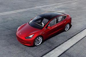 Gặp họa lớn tại Trung Quốc, Tesla còn bị truyền thông nước này chỉ trích thậm tệ