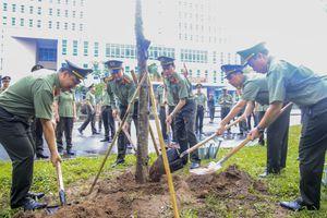 Cụm thi đua số 5 - CATP Hà Nội trồng cây đời đời nhớ ơn Chủ tịch Hồ Chí Minh