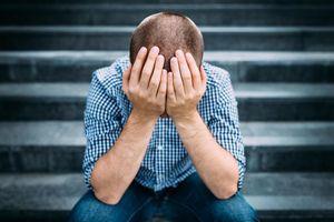 Vì sao nam giới khó phát hiện ung thư vùng kín giai đoạn cuối?