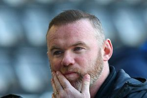Rooney lâm nguy ở giải hạng Nhất