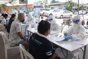 Số ca tử vong do Covid-19 trong một ngày ở Thái Lan lần đầu chạm mức hai con số