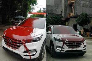 Hình ảnh xế hộp bị tạt sơn, netizen xôn xao về nguyên nhân