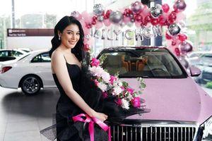 'Ngọc nữ bolero' Lily Chen tậu Mercedes-Maybach S450 hơn 7,4 tỷ đồng