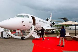Giật mình thú chơi máy bay riêng của giới siêu giàu Ấn Độ