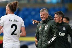 Bất lực trước Leeds, M.U gần như hết cơ hội vô địch Ngoại hạng Anh
