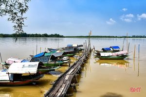 Tuổi thơ bên bờ sông Lam