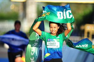 Giải chạy BaDen Mountain Marathon 2021 truyền cảm hứng du lịch 'xanh'