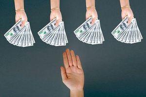 3 người tuyệt đối không nên vay nợ dù ở hoàn cảnh nào