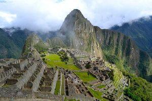 Thành phố bị lãng quên trên ngọn đồi cao hơn 2.400 m