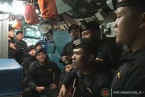 Xuất hiện video thủy thủ tàu ngầm Indonesia ca hát trước tai nạn