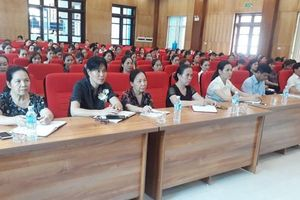 Hội LHPN thành phố Hòa Bình: Tập huấn cho nữ ứng cử Hội đồng nhân dân