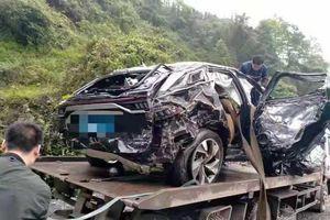 BAIC Beijing X7 rơi xuống vực, hành khách vẫn sống sót
