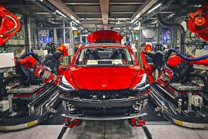 Cách Tesla sản xuất ôtô chỉ trong 48 giờ