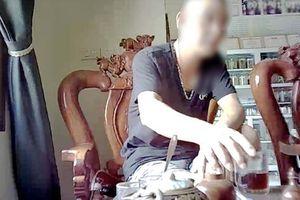 ĐIỀU TRA RIÊNG CỦA BÁO NGƯỜI LAO ĐỘNG: Vạch trần kỹ nghệ tạo... 'thần y' (phần 2)