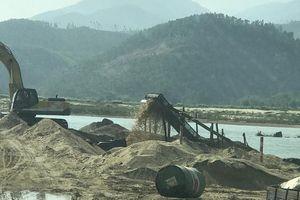 Quảng Nam siết chặt quản lý khai thác cát, sỏi trên hệ thống sông Vu Gia - Thu Bồn