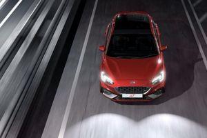 Ford Focus phiên bản giới hạn ra mắt