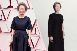 Nữ diễn viên Hàn Quốc đầu tiên nhận giải Oscar 'chuộng' trang phục đen thanh lịch