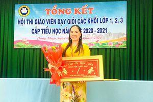 Cô Lê Thị Diễm Khang: không ngừng sáng tạo trong công tác giảng dạy