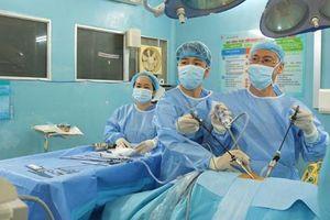 Phẫu thuật cắt bướu bảo tồn thận, giảm tỉ lệ diễn tiến suy thận mạn