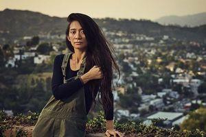 Nữ đạo diễn gốc Á đầu tiên giành giải Đạo diễn xuất sắc nhất tại Oscar