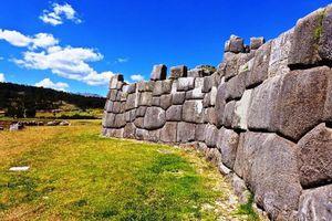 Hé lộ bất ngờ về bức tường đá của người Inca