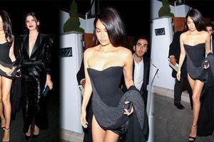 Dàn siêu mẫu nội y nóng bỏng 'đổ bộ' tiệc hậu Oscar