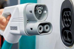 Xe điện tại Việt Nam sẽ sử dụng các loại sạc cắm nào để nạp pin?