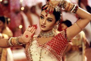 Hoa hậu đẹp nhất mọi thời đại ở đâu trong cơn sóng thần COVID-19 tại Ấn Độ ?