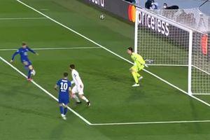 Timo Werner lại 'buôn gỗ' từ khoảng cách chỉ 5 mét, Chelsea mất toi bàn thắng mười mươi trước Real Madrid