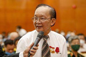 Giáo sư Trần Đông A chia sẻ về quyết định không sang Mỹ sống