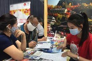 Tạm dừng Hội chợ du lịch quốc tế Việt Nam