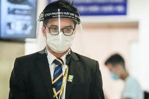 Tăng cường phòng dịch Covid-19 ở sân bay Tân Sơn Nhất dịp lễ 30/4