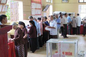 Việc tổ chức vận động bầu cử phải được tiến hành dân chủ, công khai, bình đẳng