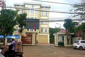 Chuyện kì lạ ở Hà Tĩnh: 6 tháng nhận tin báo đi viện…12 lần