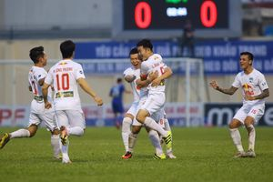 Đánh bại CLB Thanh Hóa, HAGL vững ngôi đầu V-League