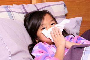 Những bệnh hô hấp trẻ thường mắc khi giao mùa